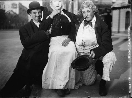 Thanksgiving Maskers (1910-1915) Bain News Service 2