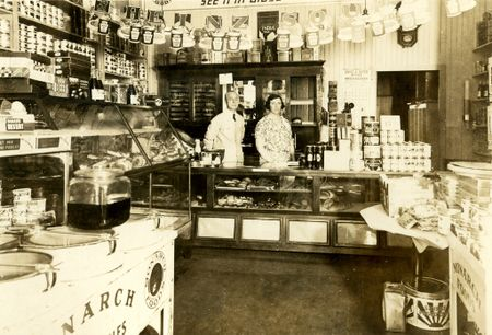 Cady's food shop nantucket 1933