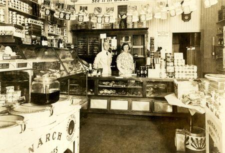 Cady's food shop nantucket 1933