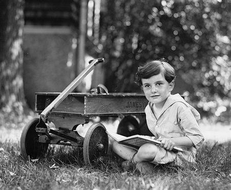 Boukel boy circa 1923
