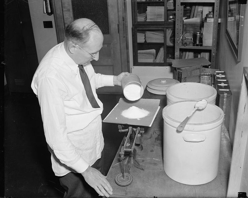 Method for preserving sweet cream indefinitely discovered by Government expert 1939