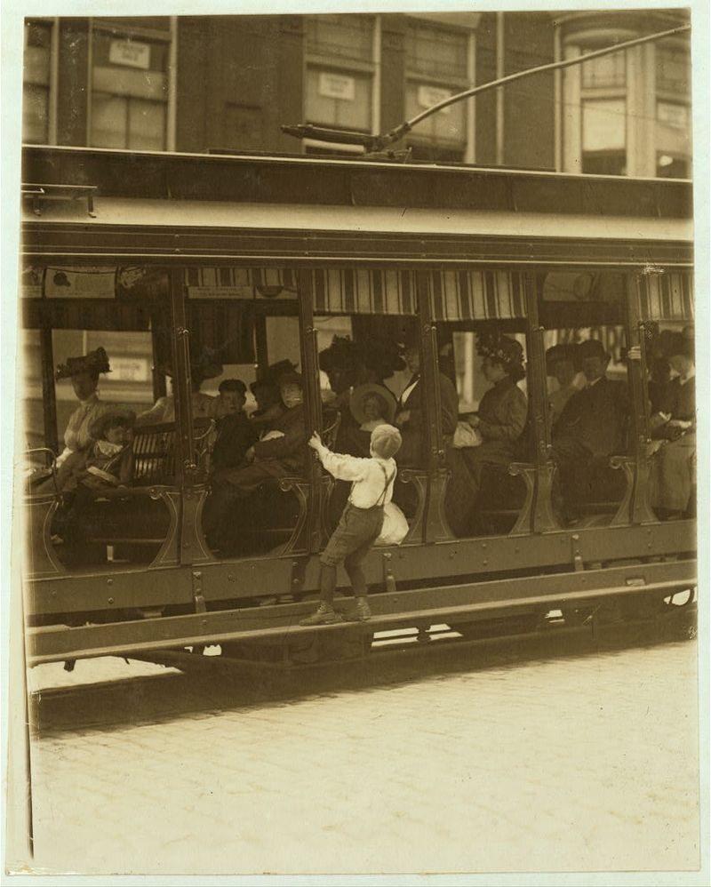 Donald mallick trolley sells papers (sister is myrtle) wilmington Del 1910