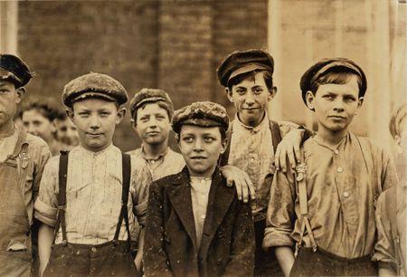 Lewis Hine 1909 bibb mill macon ga