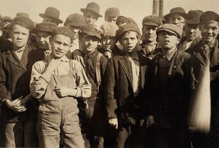 Lewis Wickes doffer boys Hine Knoxville, TN