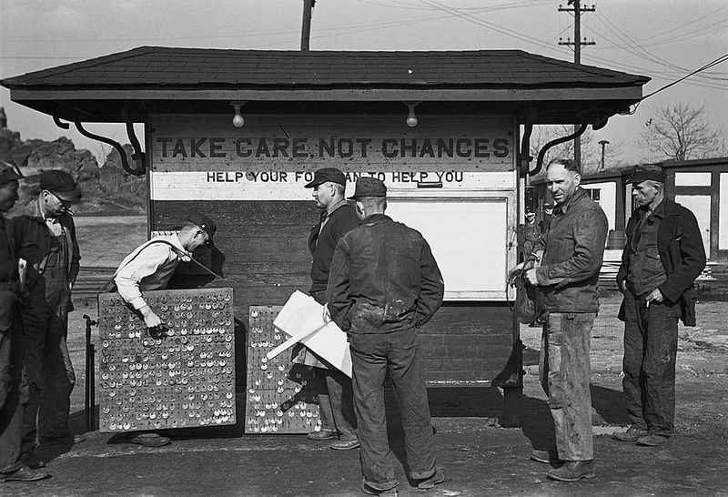 Alabama coal miners, Birmingham Arthur Rothstein 1937