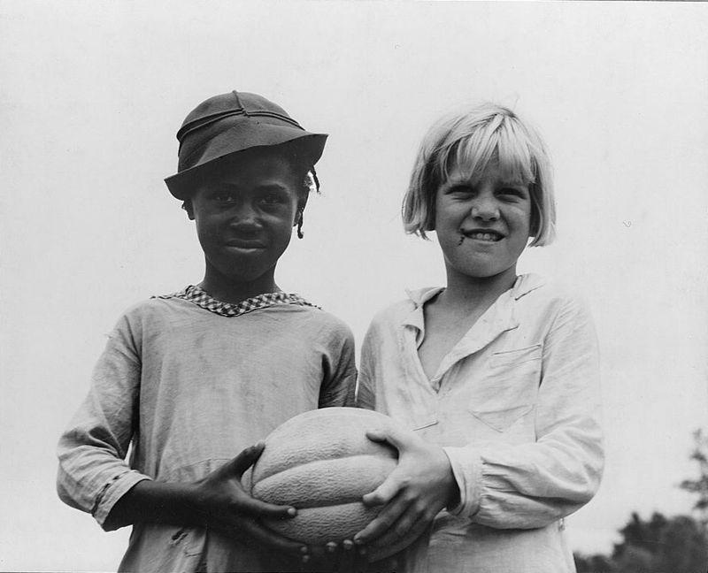 Children at Hill House, Mississippi dorothea lange 1936