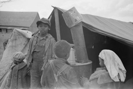 Evicted sharecroppers, New Madrid County, Missouri Arthur Rothstein 1939.jpg 7