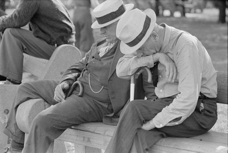 Men in Park Peoria IL Rothstein, Arthur 1938