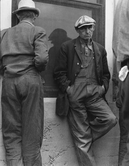 1 Dorothea Lange 1937 red