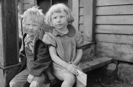 Children who live in the slums, Dubuque, Iowa John Vachon April 1940