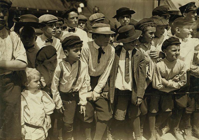 Newsboy's picnic Cincinnati Lewis W Hine 1908