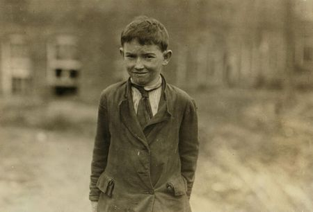 Earl Carpenter Don't know how old I am doffer Cannon Mill Concord NC 1912