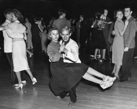They are Willis Hounschell and Tannis Adams on the ballroom floor Jul 2, 1938