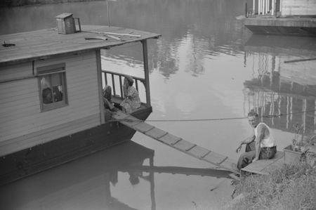 River boat family charleston west Virginia