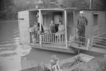 Family living on riverboat, Charleston, West Virginia. Husband now on WPA (Works Progress Administration) labor post qwalcott 1938