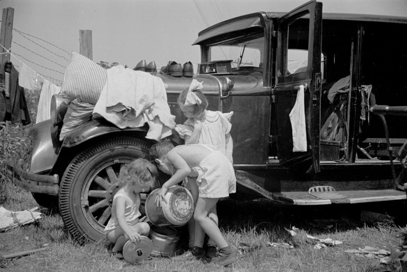 Morrisville, Vermont annual fair. Farm families live on the grounds during the week carl Mydans 1936