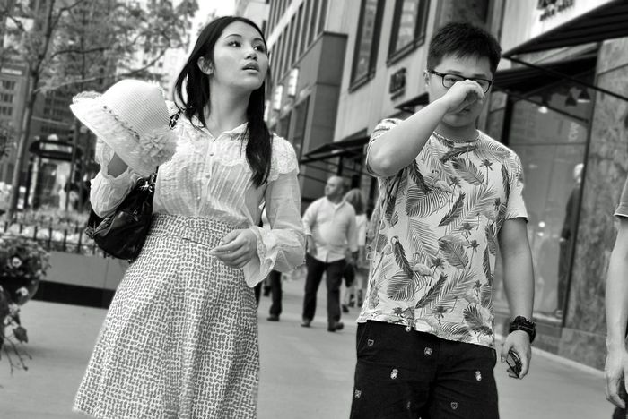 Tourists on Michigan Avenue, street photography, candid black and white photo