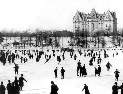 The_dakota_nyc_1890