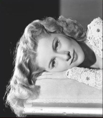 http://drx.typepad.com/psychotherapyblog/images/2007/07/11/joan_fontaine_2.jpg