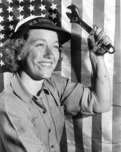 Women_1940s_red