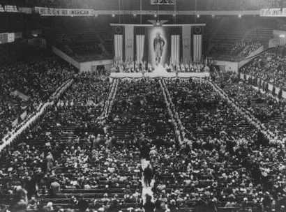 Pronazi_german_american_bund_rally_