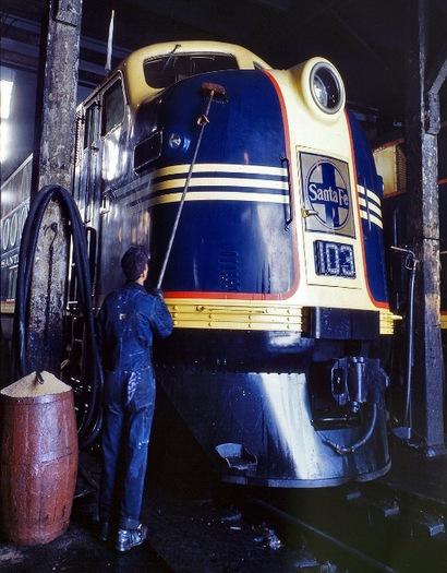 Santa_fe_railroad_1943_4