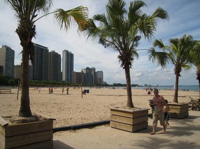 Oak_street_beach