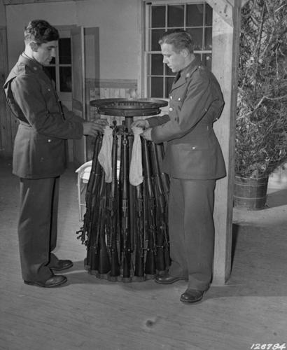 Rifles_stockings_christmas_1941