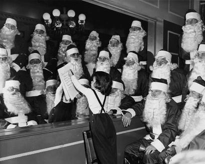 1950_santa_claus_choir