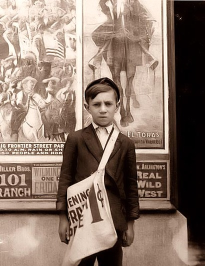 Wilmington_delaware_newsboy_1910