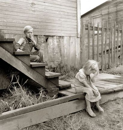 Coal_miners_children_west_va_russel