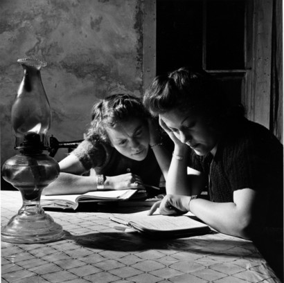 Doing_homework_moreno_valley_colfax