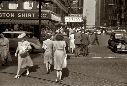 Dearborn_and_chicago_1941_john_vach